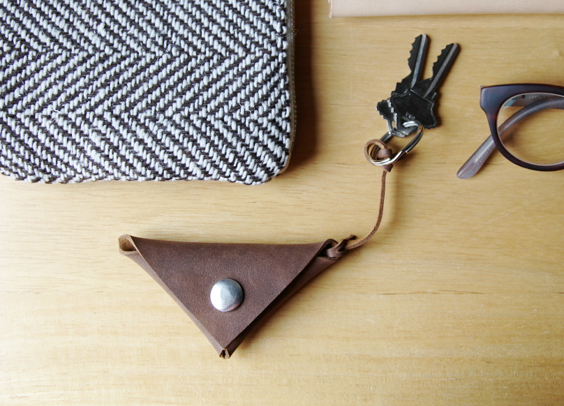 triangle_key_pouch_0_crop
