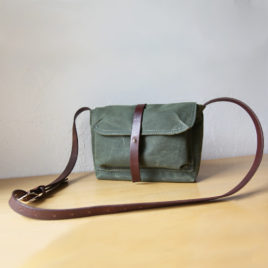 Small Satchel in Evergreen