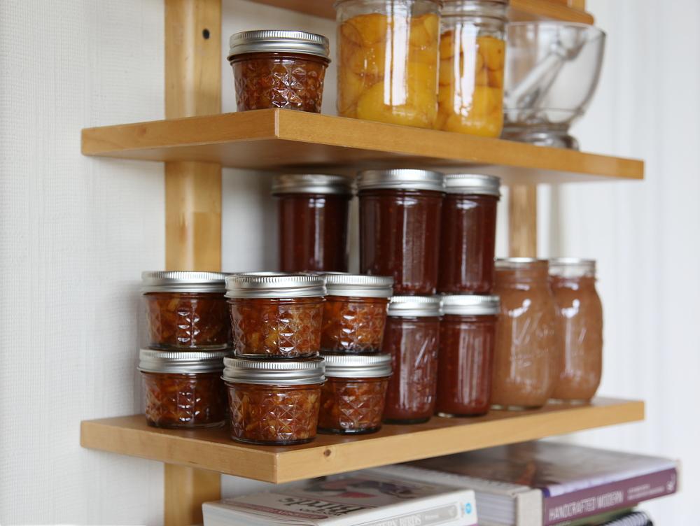 marmalade_jars
