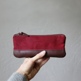 Waxed Zip Case | Cranberry