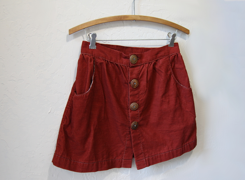 red_cord_skirt_3